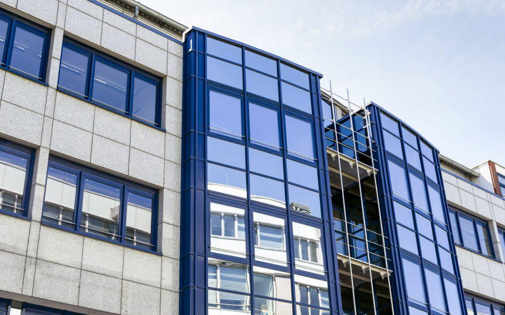 Außenansicht Scheidtweilerstraße der Köln, Bild der Cube Real Estate