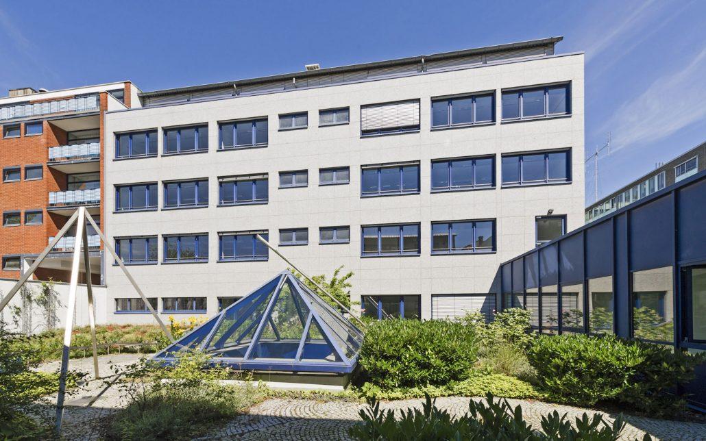 Innenhof Scheidtweilerstraße in Köln, Bild der Cube Real Estate